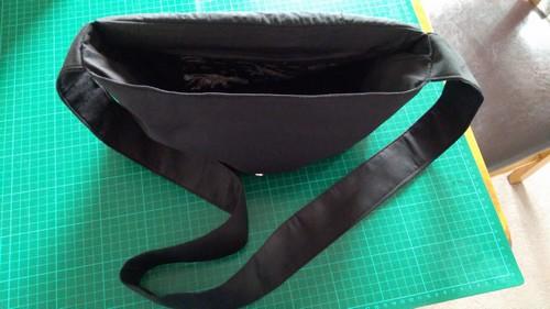 Sewing dinosaurs messenger bag